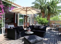 Hotel Gil De France - Agde - Pátio