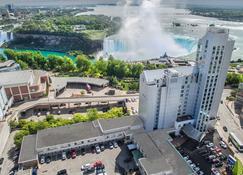 The Oakes Hotel Overlooking the Falls - Niagara Falls - Gebäude