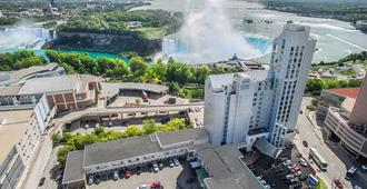 The Oakes Hotel Overlooking the Falls - Niagara Falls - Building