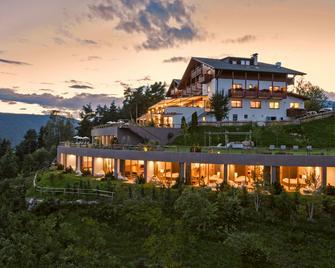 Hotel Belvedere - San Genesio Atesino/Jenesien - Venkovní prostory