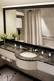 紐約時代廣場千禧飯店 - 紐約 - 浴室