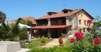 Posada Las Anjanas - Suances - Edificio