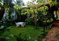 Pousada Divina Casa Suites And Beds - Paraty - Patio