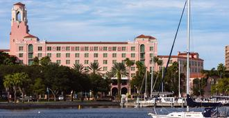 The Vinoy Renaissance St. Petersburg Resort & Golf Club - Saint Petersburg - Building