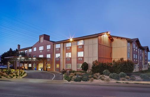 Hotel Focus SFO - South San Francisco - Rakennus