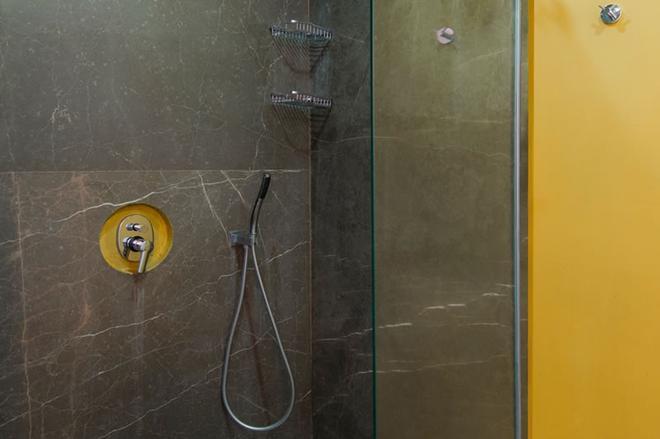 布雷薩套房酒店 - 波德倫 - 博德魯姆 - 浴室