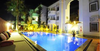 La Brezza Suite & Hotel - Bodrum - Gebäude