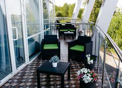 Cruise Hotel - Kostroma - Balcony