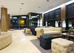 Hotel Pedro I de Aragón - Huesca - Lobby