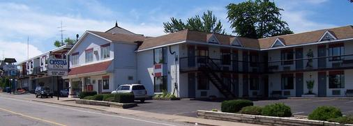 The Crystal Inn on the Parkway - Niagara Falls - Building
