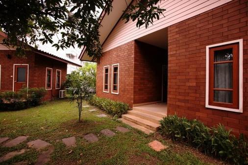 Gongkaew Huenkum - Hostel - Chiang Mai - Toà nhà