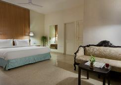 Oyo 1482 Hotel Gem 92 - New Delhi - Phòng ngủ