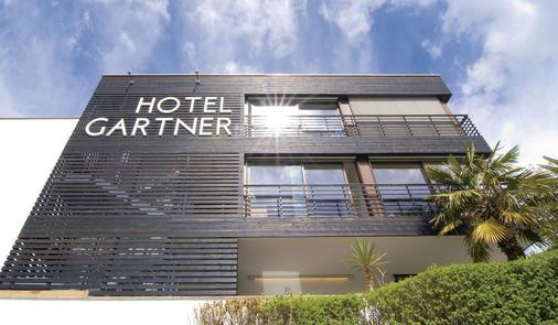 Hotel Gartner - Tirolo - Building