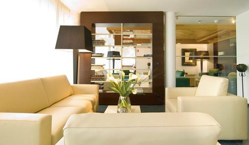 Hotel Gartner - Tirolo - Living room