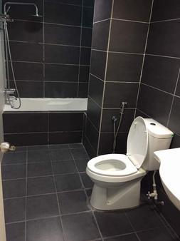 Kinta Riverfront Hotel & Suites - Ipoh - Μπάνιο