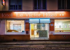 Victor Hugo - Lorient - Bina