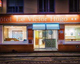 Victor Hugo - Lorient - Building