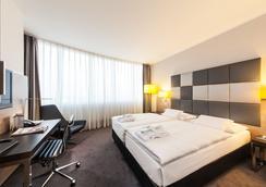 Select Hotel Berlin Spiegelturm - Berlin - Bedroom