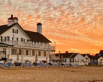 Lighthouse Inn Cape Cod - West Dennis - Gebouw