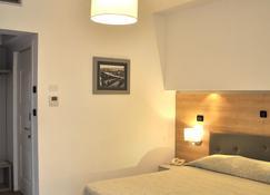 Hotel Regina - Grado - Schlafzimmer