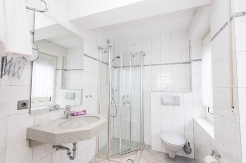 Neuberliner Hof Nordhorn Gmbh - Nordhorn - Bathroom