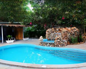 Shantie Shakthi Vagator Resort with Swimming Pool - Vagator - Pool
