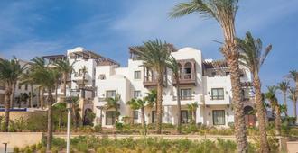 古代沙灘高爾夫渡假村及住宅飯店 - El Gouna - 建築