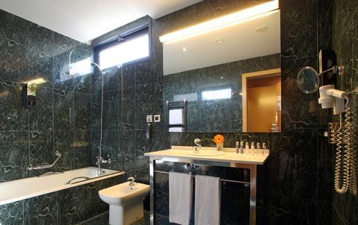 SB 伊卡利亞巴塞隆拿酒店 - 巴塞隆拿 - 巴塞羅那 - 浴室