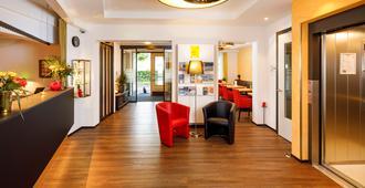 Hotel Jardin - Berna - Recepción