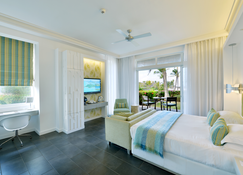 Long Beach Golf & Spa Resort - Belle Mare - Makuuhuone