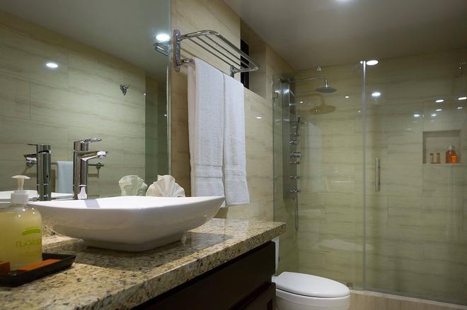 Plaza Florida Suites - Σάντο Ντομίνγκο - Μπάνιο