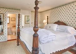 Sherburne Inn - Nantucket - Bedroom