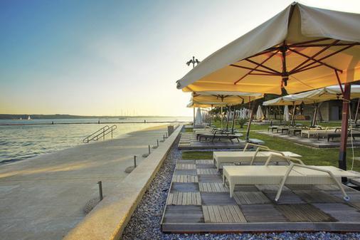 Grand Hotel Portorož - LifeClass Hotels & Spa - Portorož - Beach