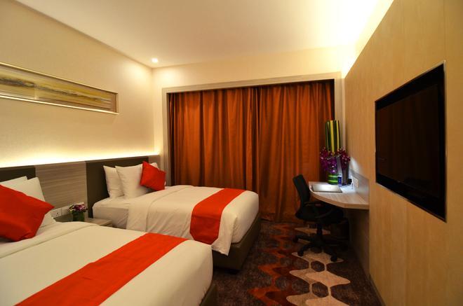 V8 Hotel - Johor Bahru - Bedroom