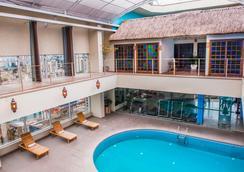貝里尼天才大酒店 - 聖保羅 - 聖保羅 - 游泳池