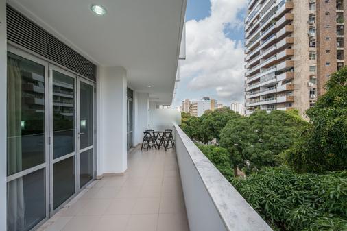 Hotel Regente - Belém - Balcony