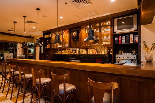 Hotel Laghetto Allegro Alpenhaus - Gramado - Bar