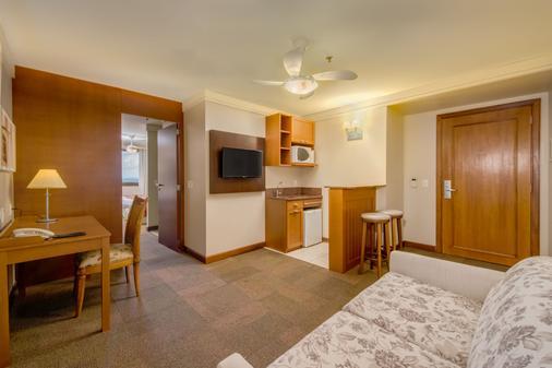 Hotel Laghetto Allegro Alpenhaus - Gramado - Bedroom