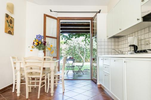 Borgo Degli Ulivi Residence - Tortolì - Kitchen