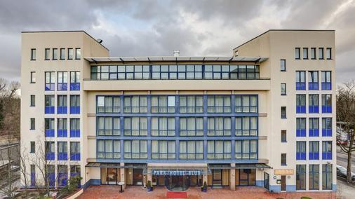 Centro Park Hotel Berlin-Neukölln - Berliini - Rakennus