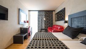 Salles Hotel Malaga Centro - Málaga - Makuuhuone