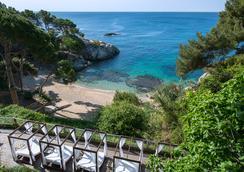 Salles Hotel & Spa Cala Del Pi - Platja d'Aro - Bãi biển