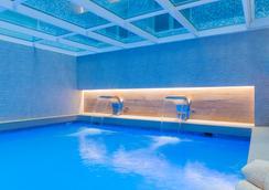 佩雷四世薩勒酒店 - 巴塞隆拿 - 巴塞隆納 - 游泳池