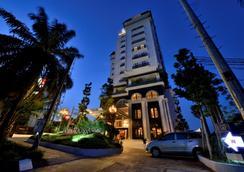 茂物皇家酒店 - 茂物 - 建築