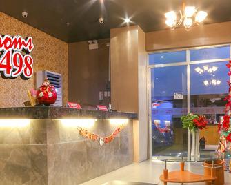 Rooms 498 Hostel - Mandaluyong - Recepción