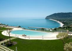 Hotel Residence Il Porto - Mattinata - Piscina