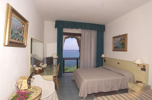 Il Gabbiano - Palinuro - Bedroom