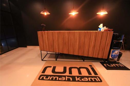 Rumi Semarang - Semarang - Front desk