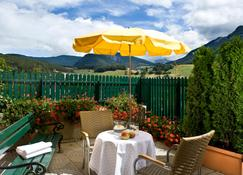 Hotel Cavallino D'Oro Bed&Breakfast - Castelrotto - Outdoors view