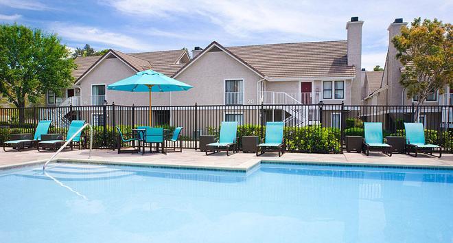 聖地亞哥拉霍亞萬豪酒店 - 拉荷雅 - 聖地亞哥 - 游泳池